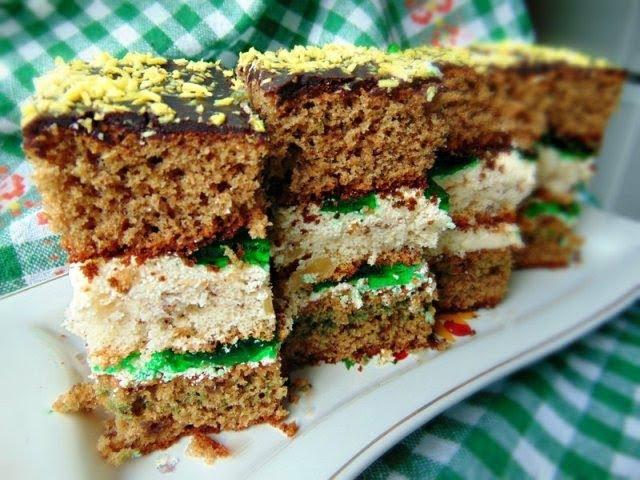 Пляцок з халвою Зеленка - рецепти Лілії Цвіт