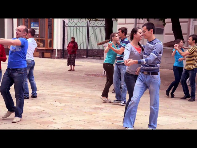 Флешмоб Рязанского клуба парных танцев Движение