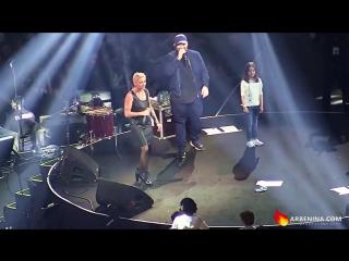 Василий  Вакуленко , Маша Вакуленко, Диана Арбенина на концерте Басты. Сансара
