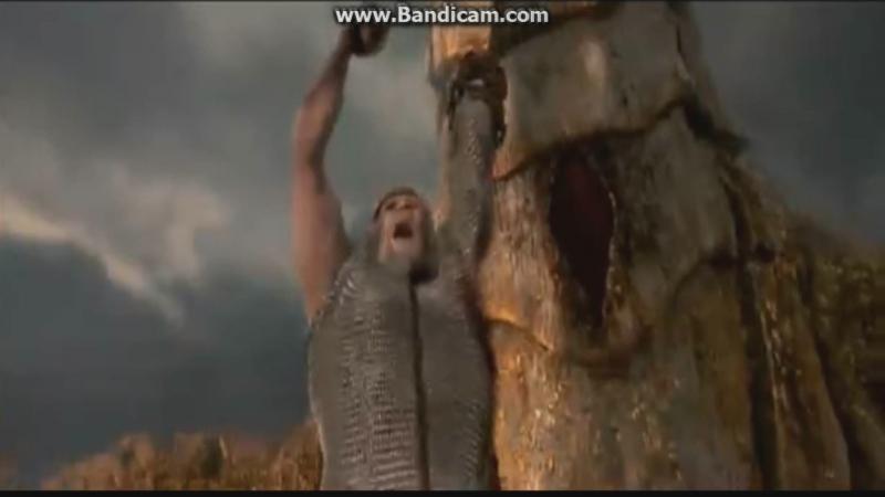 Беовульф убивает дракона героически погибает спасая жену.