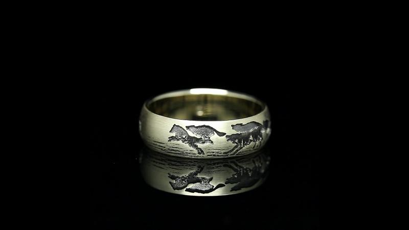 Кольцо Волки. Белое золото