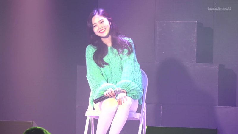 · Fancam · 180106 · Hyojung - SKY (self-written and self-composed song (ft. Kim Mihyun)) · Graduation from Dong-A University