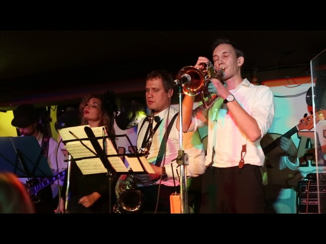 Jazz Brassers - On the sunny side of the street