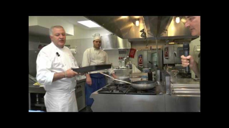 Castellammare di Stabia (NA) - Lo chef Giuseppe Guida allo Yacht Club (13.07.14)