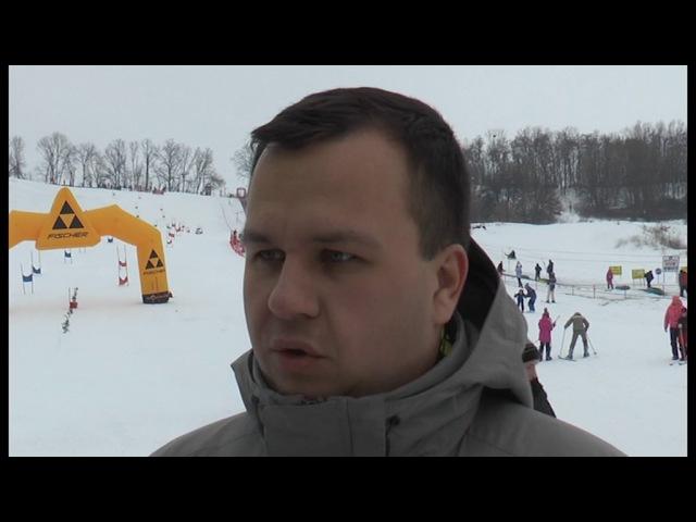 Поблизу Полтави лижники віком від 4 до 70 змагалися за Кубок з гірськолижного спо ...