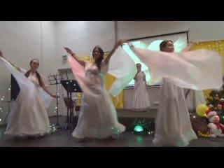 песня и танец Белые ангелы, поют все! Нрисимхи д.д. и Вишакха д.д.