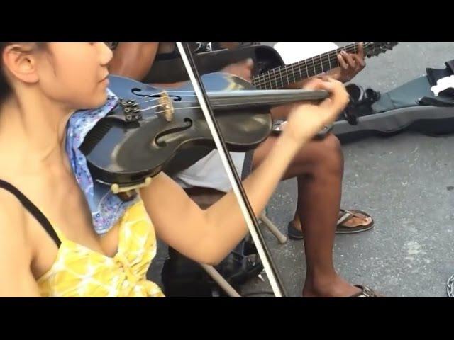 Ketika Dua Musisi Jalanan Bertemu Menjadi Sebuah Tontonan Yg Assik
