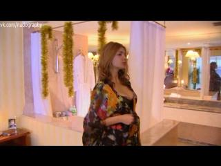 В халатике встретила мужа - Татьяна Борисова в сериале Стервы, или Странности любви (2004) - 8 серия