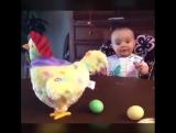 Муж купил игрушку дочке... Доча в восторге,а я второй день плачу... от смеха! )))