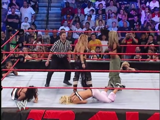 Матч на раздевание -- Torrie Wilson, Candice Michelle and Victoria vs Trish Stratus and Ashley