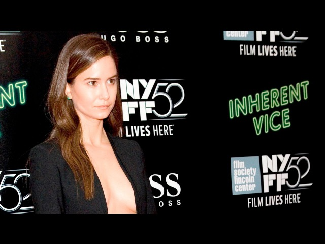NYFF52 Inherent Vice Red Carpet Katherine Waterston