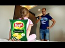 Bad babies fight! Bad kid steals chips to crying baby / Johny Johny yes papa song learn colors