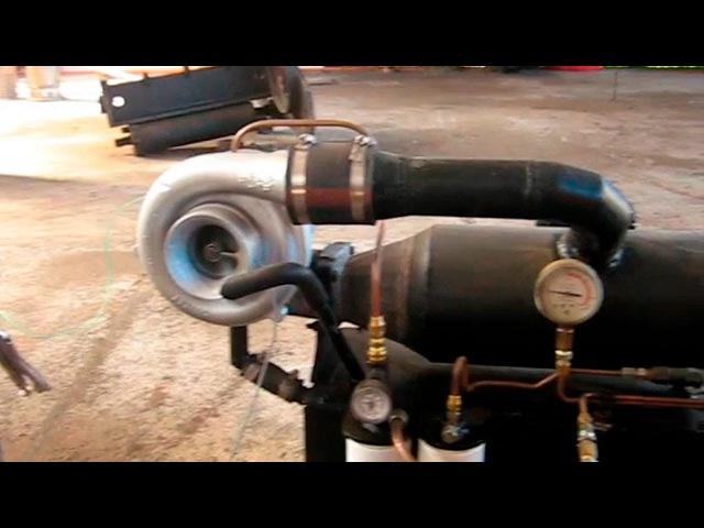 Запуск самодельного реактивного двигателя сделанного на основе автомобильной ...