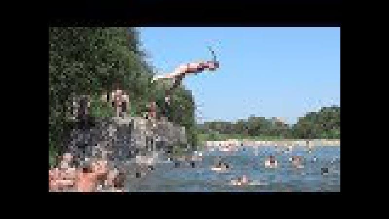 Смт Вигода. Літо жара і розваги на річці Свіча.