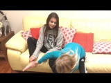 TICKLE FEET CHALLENGE / Anna & Tamara