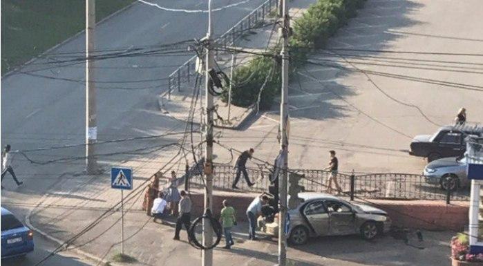В Томске при столкновении иномарок пострадали двое