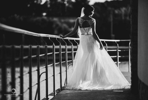 Весільні та вечірні сукні,на замовлення,