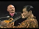 Юл Бриннер и Алеша Димитриевич - Две гитары (фрагмент концерта)