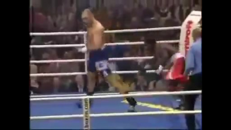 Vidmo_org_Nikolajj_Valuev_Luchshie_momenty_bojov_Nikolay_Valuev_Highlights_ockouts_384