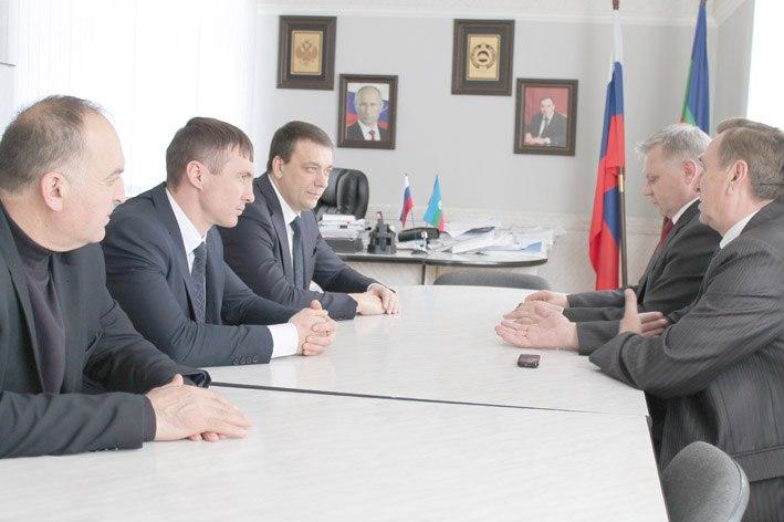В Зеленчукском районе обсудили вопросы энергоснабжения населенных пунктов
