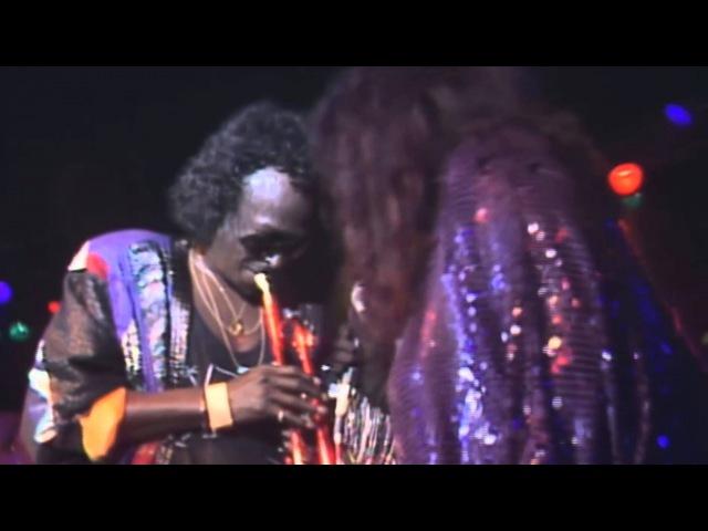 Miles Davis Chaka Khan: Human Nature (live in Montreux 1989)