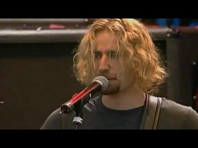 Nickelback- Sad but true- LIVE (Metallica Cover)