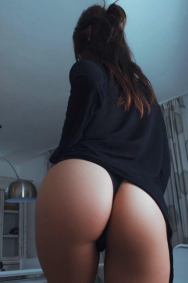 Hot naked gymnast video