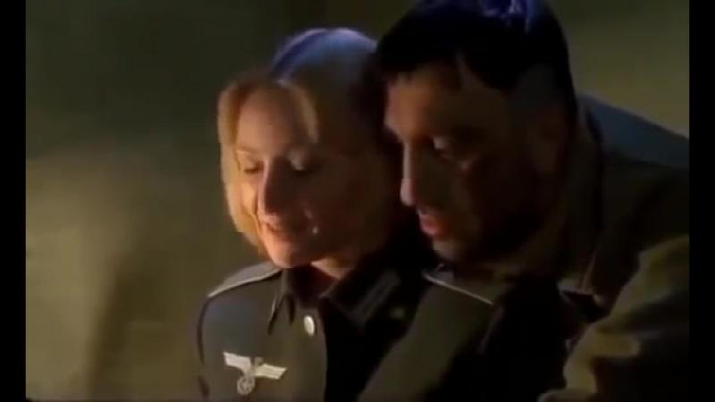 Парнуха сиськи хуй попа