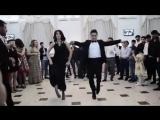 Не знаю, что это за танец, но реально очень круто!