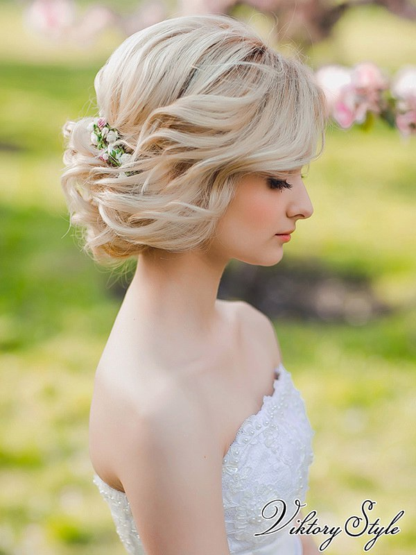Прически для невест на короткие волосы