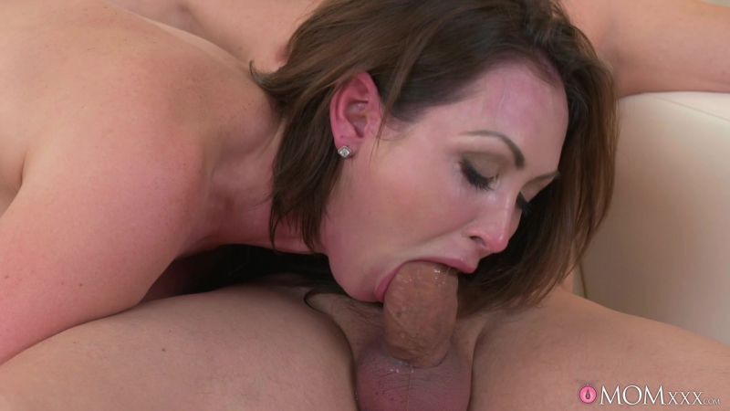 Yasmin Scott ( Big tits Milf orgasms and squirts) 2017, Gonzo, Big Tits, Masturbation, Ass Licking, Hardcore,