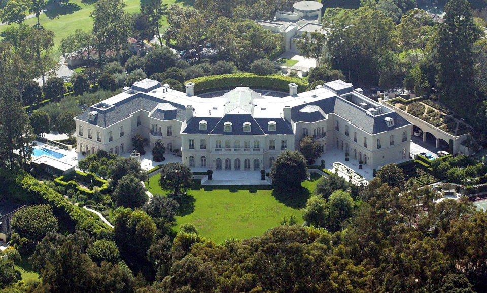 Мейнор (Лос-Анджелес, Калифорния). Дома миллиардеров