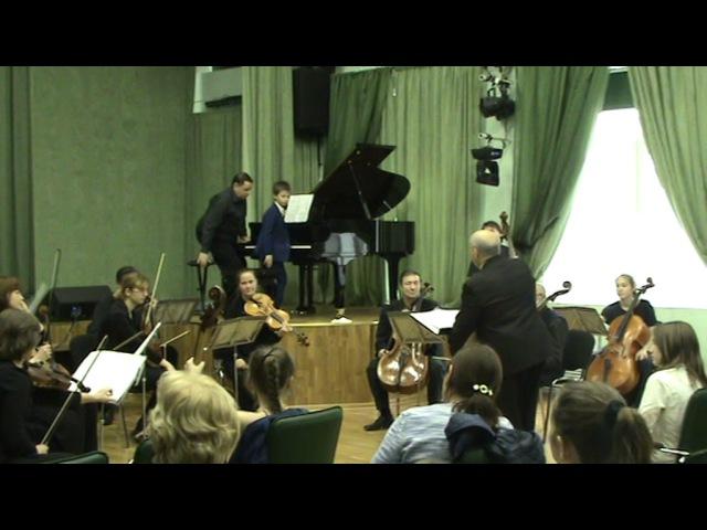 Вячеслав Смирнов Детское концертино для фортепиано и камерного оркестра