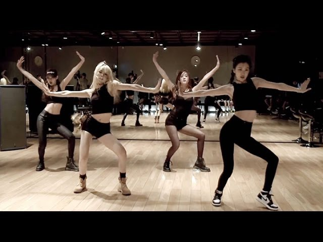 BLACKPINK Choreography Practice Video Tops 4 MLN YouTube views (블랙핑크) [통통영상]
