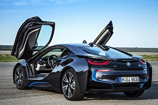 С 1 июля BMW меняет цены на автомобили в России Компания BMW Group Ро