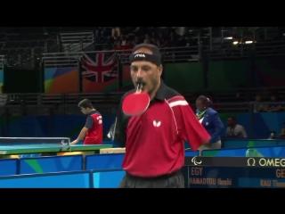 Безрукий теннисист доказал, что невозможное возможно