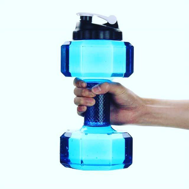 Бутылки-гантели