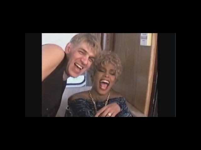 Exclusive footage Whitney Houston and make-up artist Kevyn Aucoin