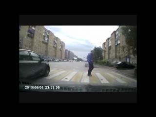 Велосипедист нарушил ПДД.