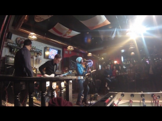 Мадоннари-задыхаюсь(Live in Harat's Pub)