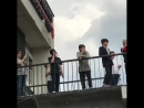 6 05 17 B A P смотрят флешмоб польских бейбис на Wake me up @ B A P 2017 WORLD TOUR 'PARTY BABY ' Варшава