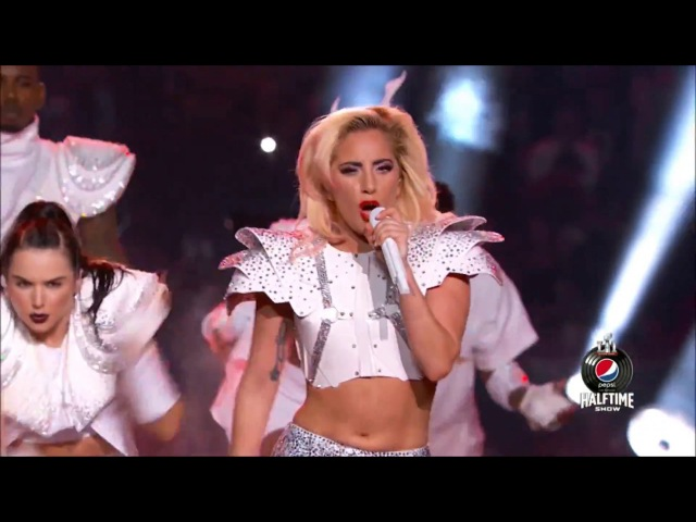 Lady Gaga - Bad Romance (Super Bowl 2017)