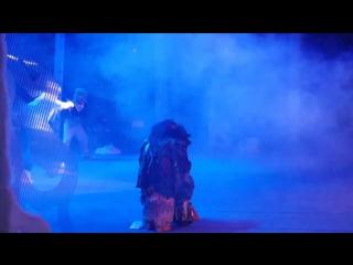 Танцуем брейк-данс вместе с Зайкой из спектакля