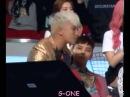 Реакция G-Dragon'a на чихание Сынри!