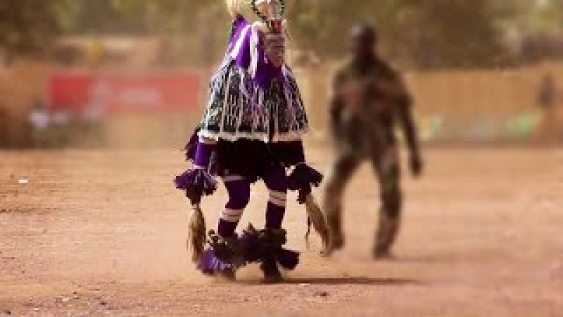 CAPTAIN HOOK ASTRIX BUNGEE JUMP ZAOULI DANCE ♮ L S D MUSIC ॐ