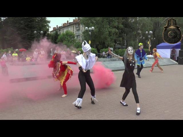 «ТОРМАШКИ! Обратная сторона Земли» на фестивале Театральный дворик