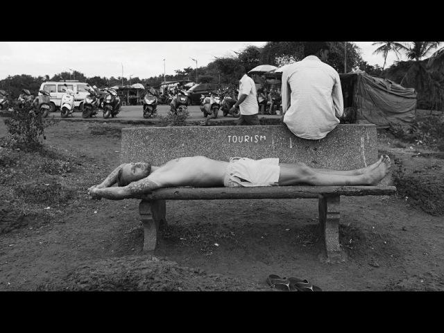 Жизнь в Гоа Вагатор Ад или Рай Змея на пляже Опасные медузы Vagator beach Goa Vlog 007
