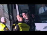 Криштиану Роналду сделал фото с фаном, которого не пускала охрана
