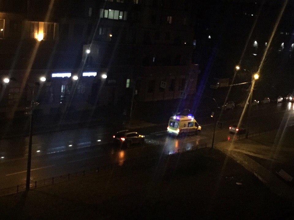 ВПетербурге наВаршавской пешехода два раза переехали на«зебре»