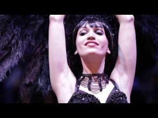Am I Blue | The Kikipickles feat. Russian burlesque diva Anja Pavlova